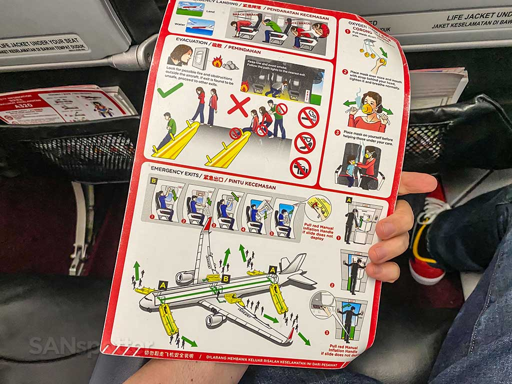 AirAsia A320 safety card pic