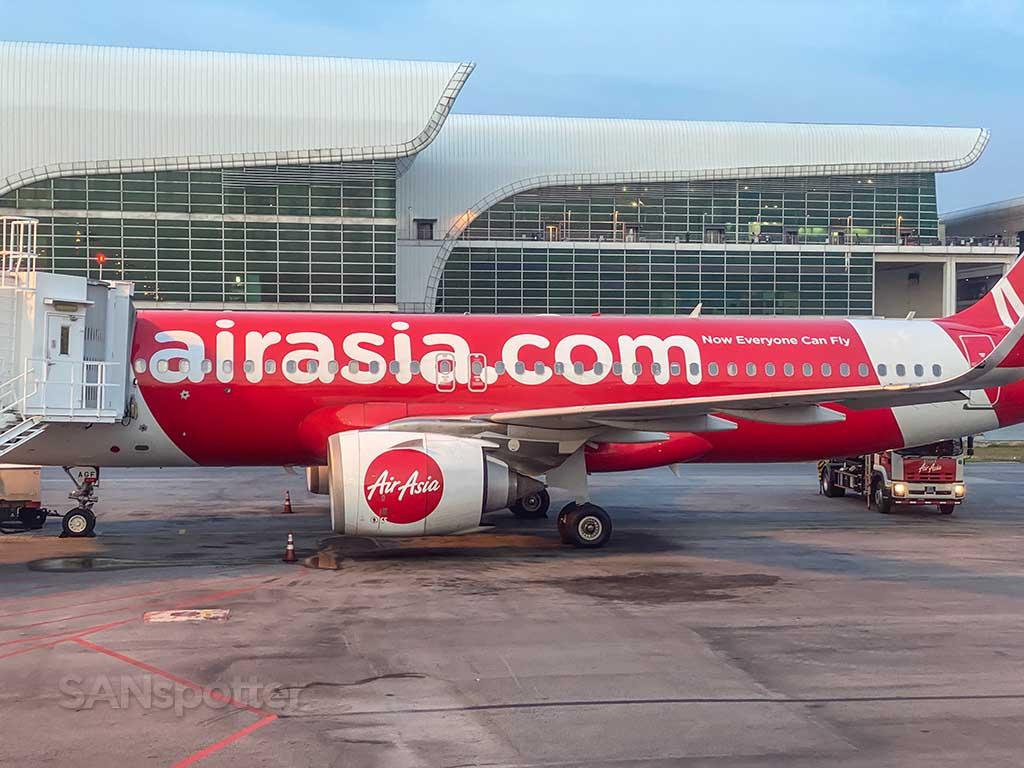 AirAsia A320 KUL airport