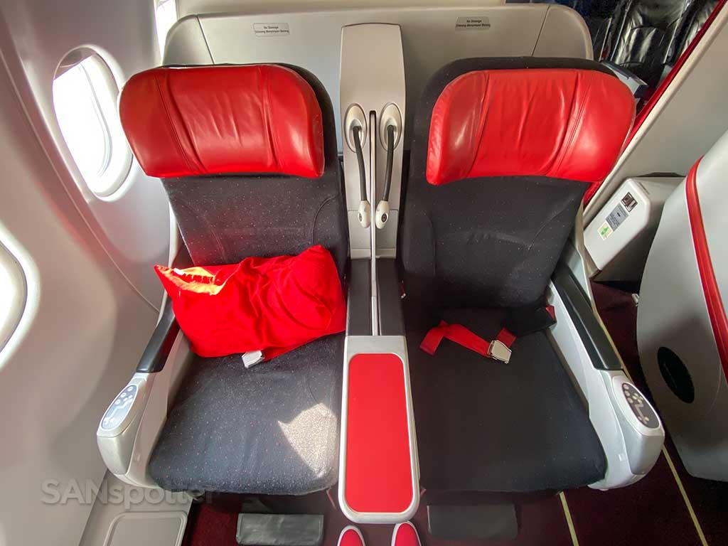 AirAsia X premium lie flat seats