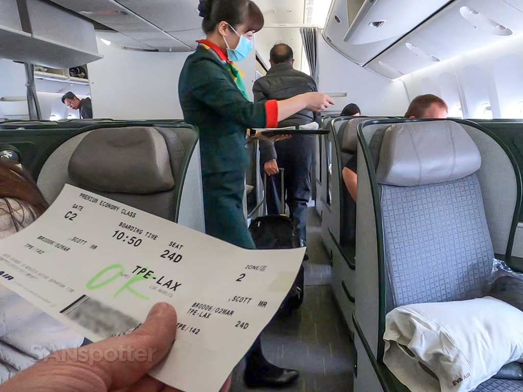 EVA Air 777-300 business class