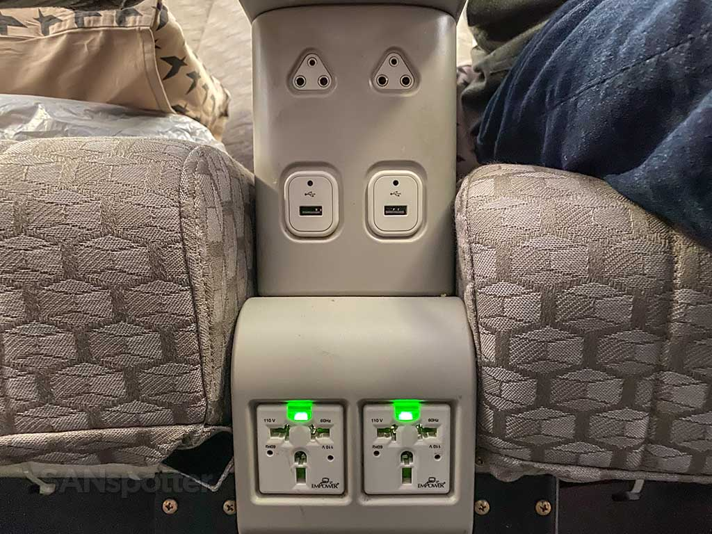 EVA Air Premium Economy electrical outlets