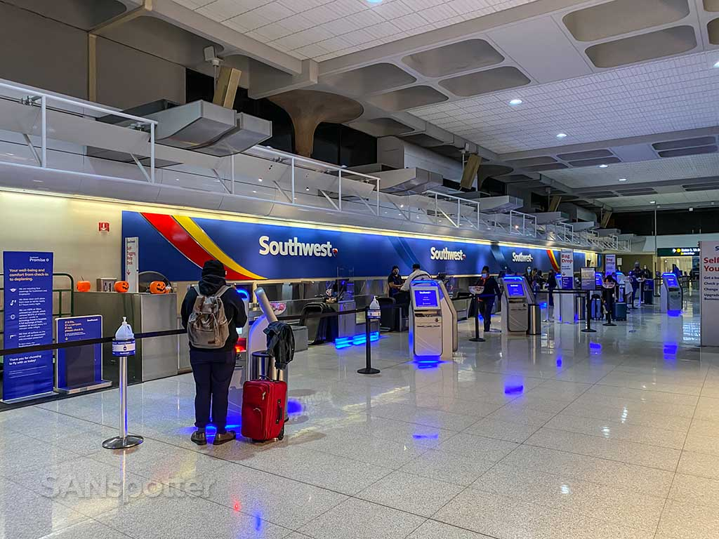 Southwest Airlines baggage drop San Diego Airport Terminal 1