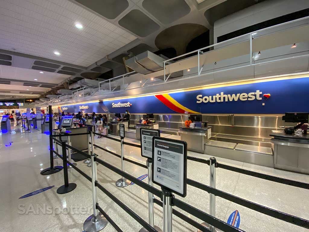 Southwest Airlines check in San Diego Airport Terminal 1
