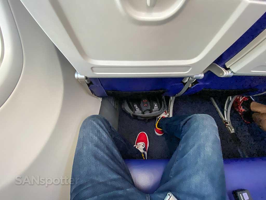 Southwest Airlines 737-800 leg room