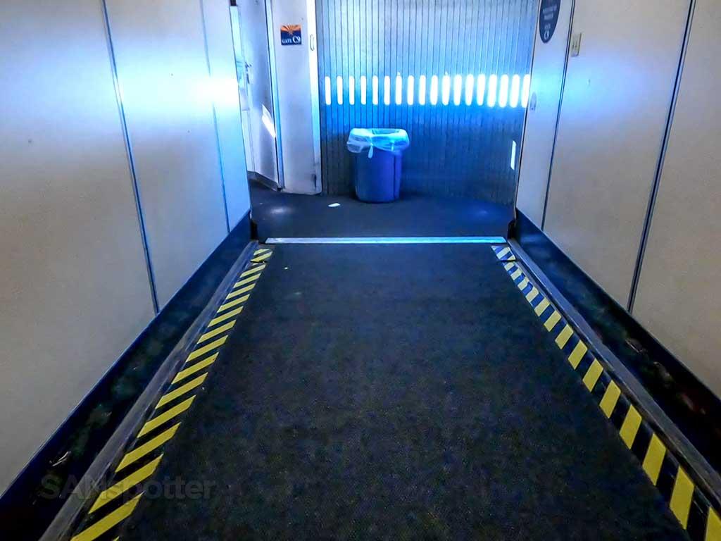 PHX airport jet bridge inside