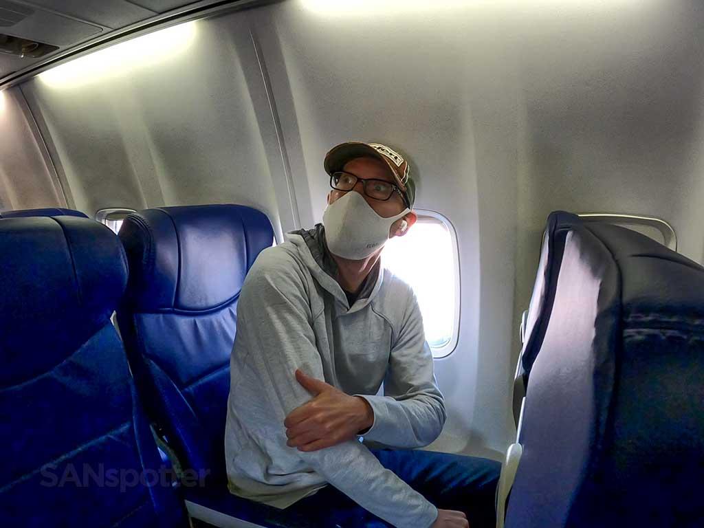 SANspotter selfie 737-700 interior