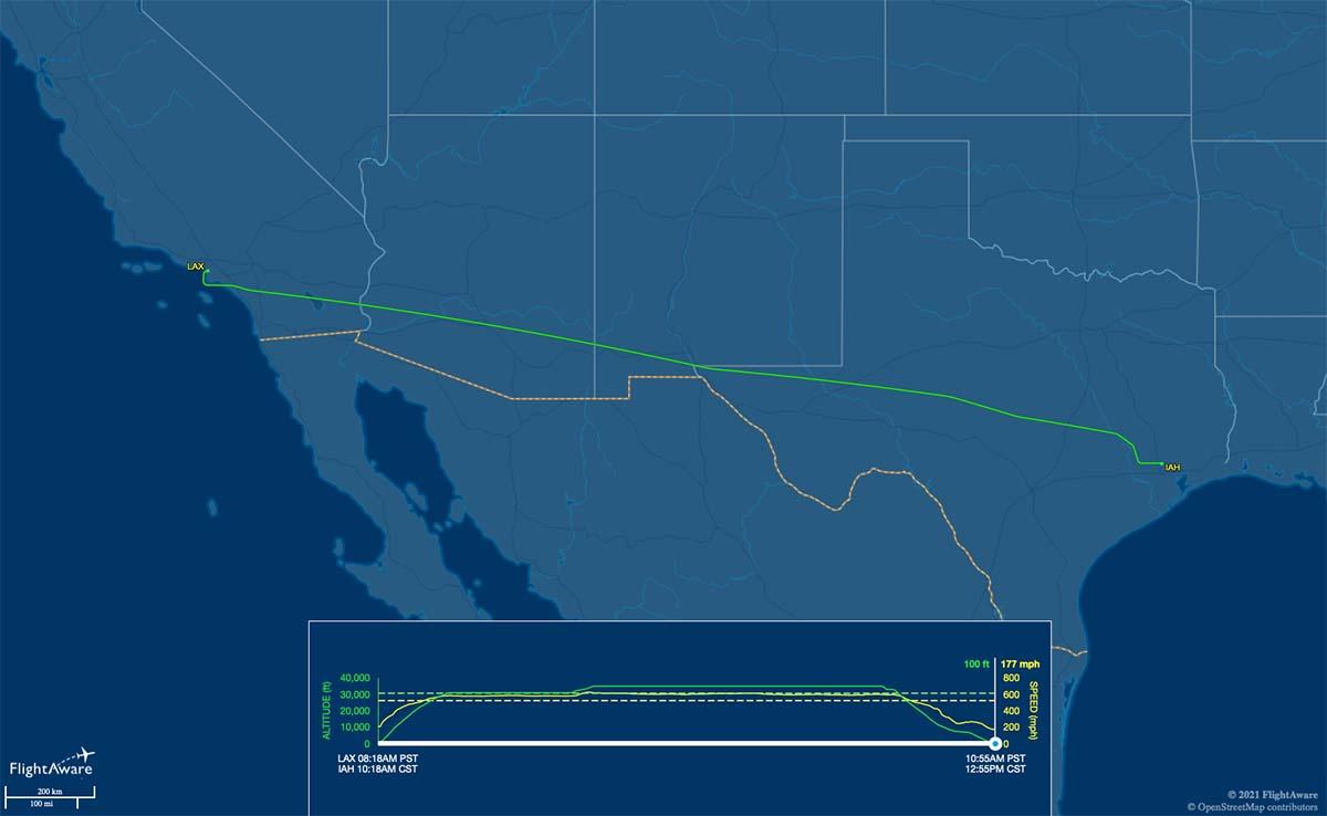 UA1946 flight track