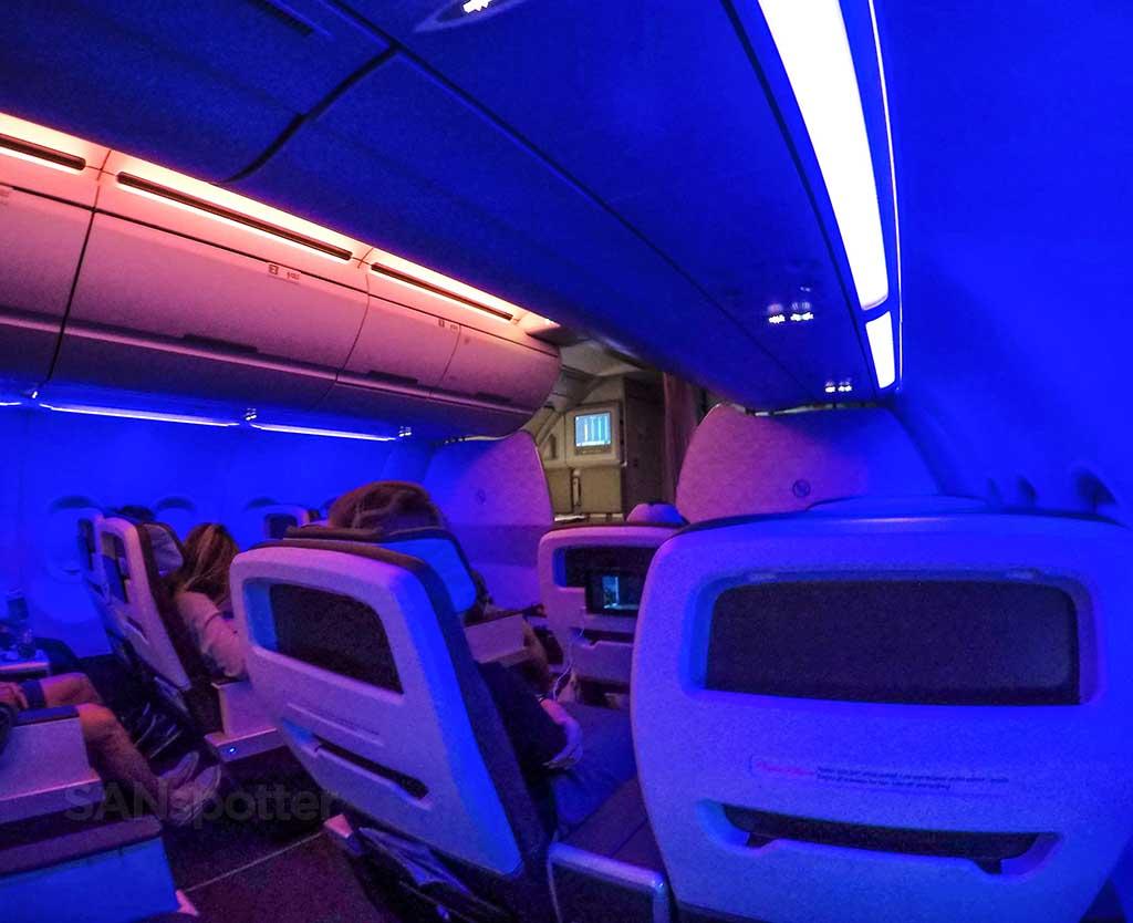 Hawaiian airlines onboard service