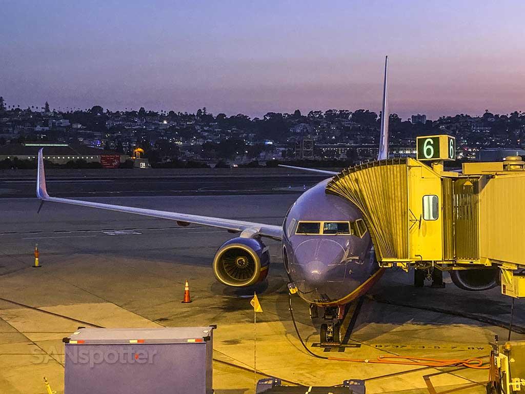 Southwest 737 at SAN
