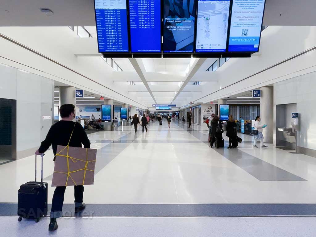 empty terminal 7 LAX