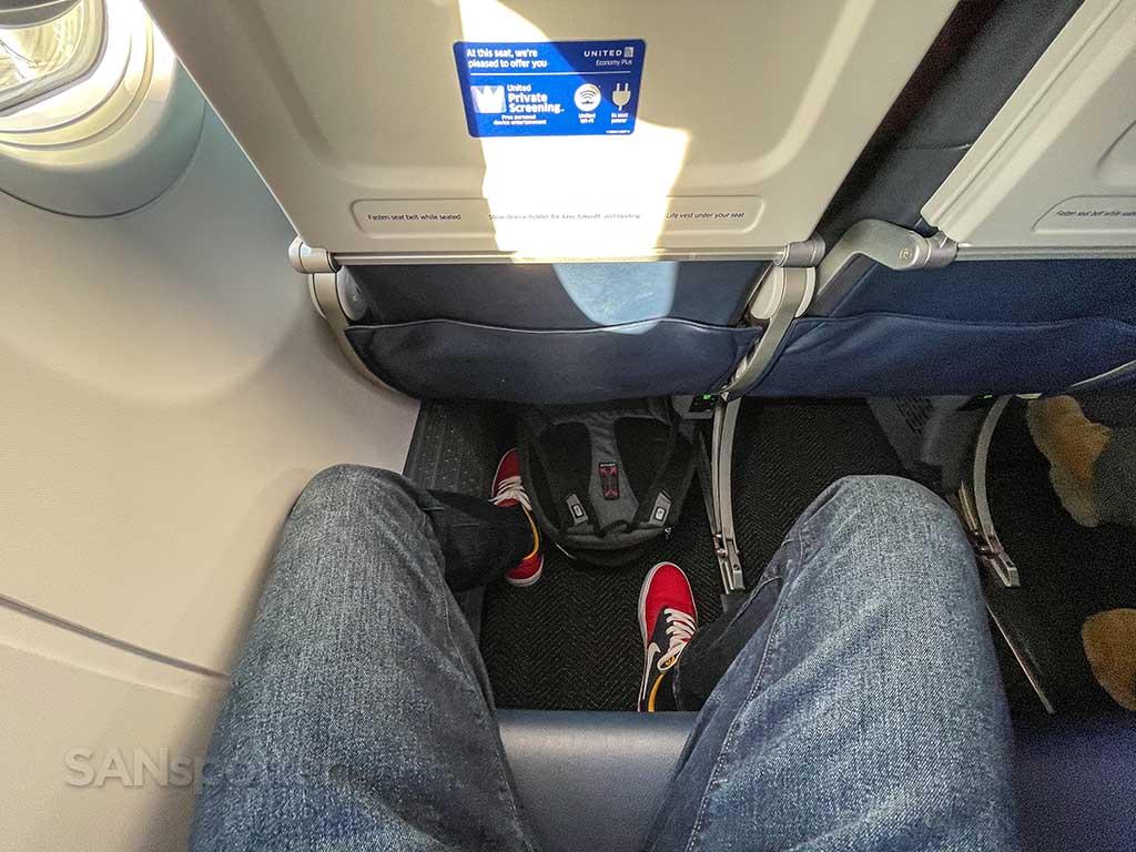 United airlines 737-9 MAX premium economy