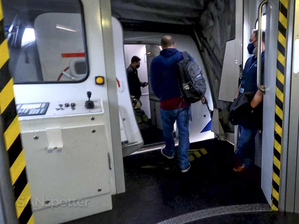737 MAX 9 boarding door