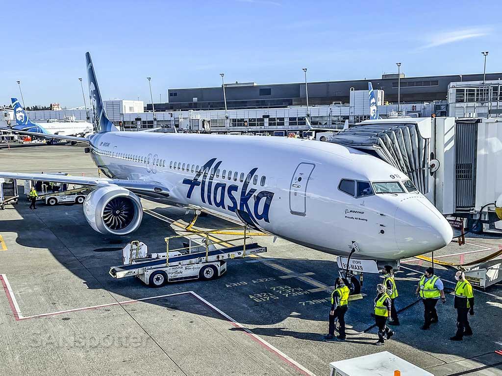 N913AK first Alaska Airlines 737 max 9