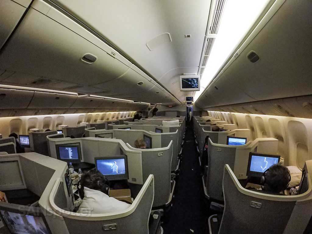 American Airlines 777-300 business class cabin