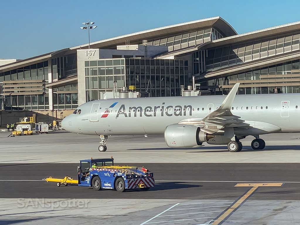 American Airlines A321 LAX