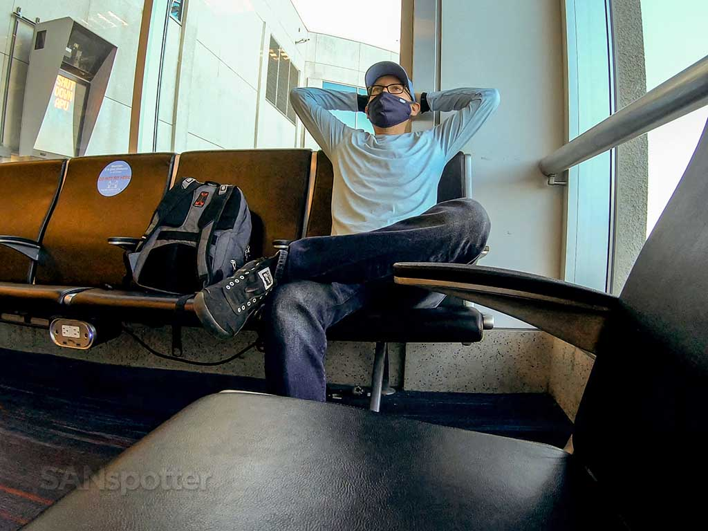 SANspotter relaxing at LAX