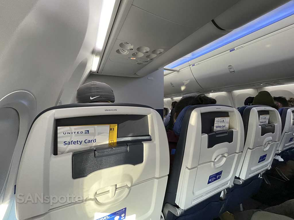 United airlines economy class seats