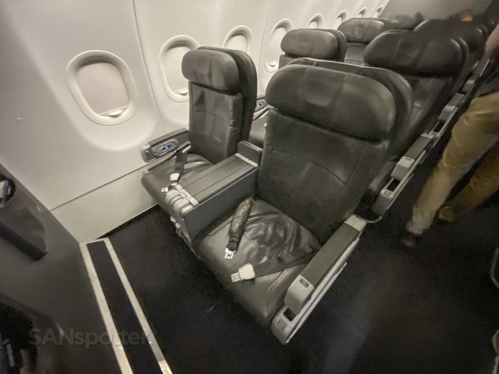 American Airlines domestic first class seats