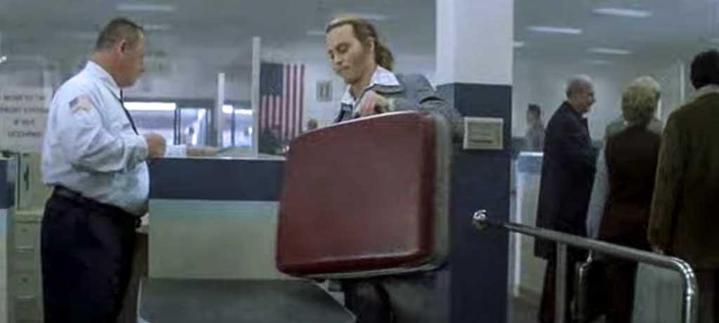 Blow movie airport security scene