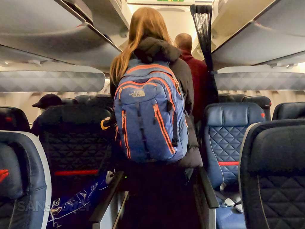 Delta A220-300 interior