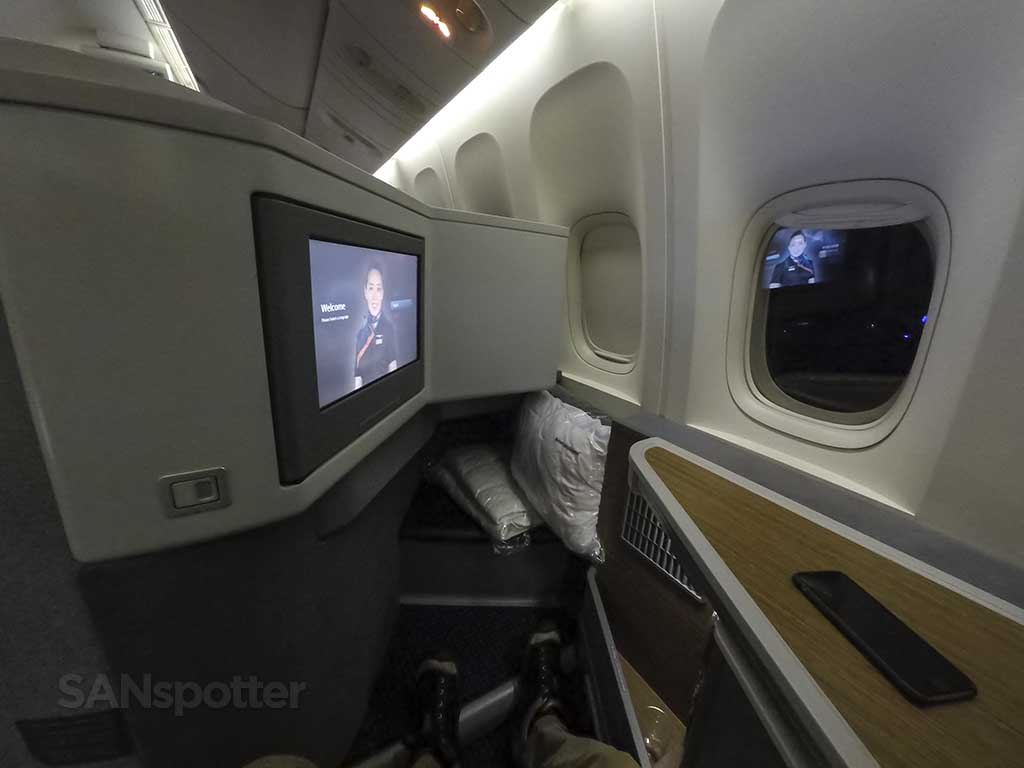 American Airlines 777-300 business class seat