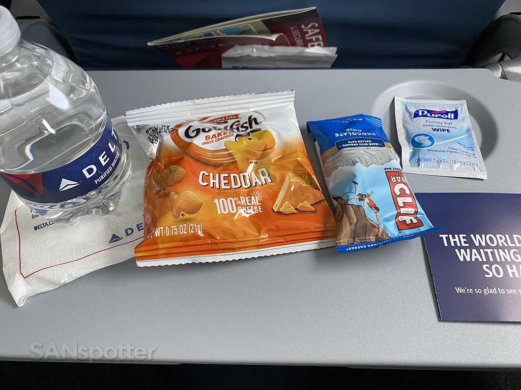 Delta A220 economy snack