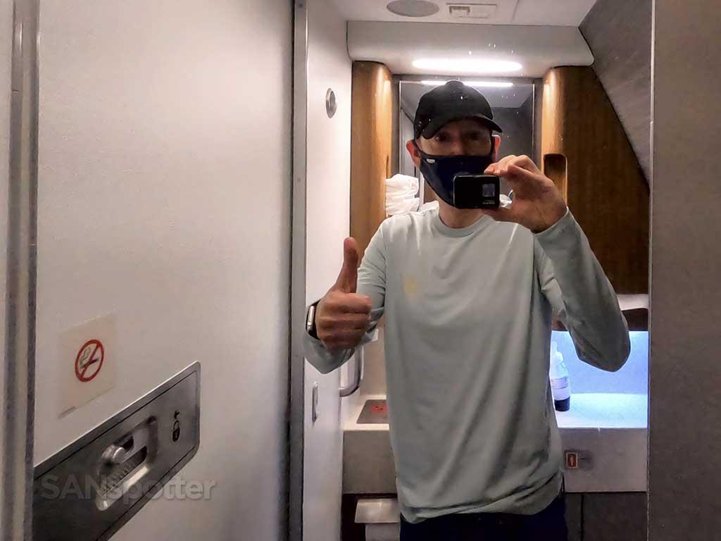 SANspotter selfie American Arlines 777-200 business class lavatory