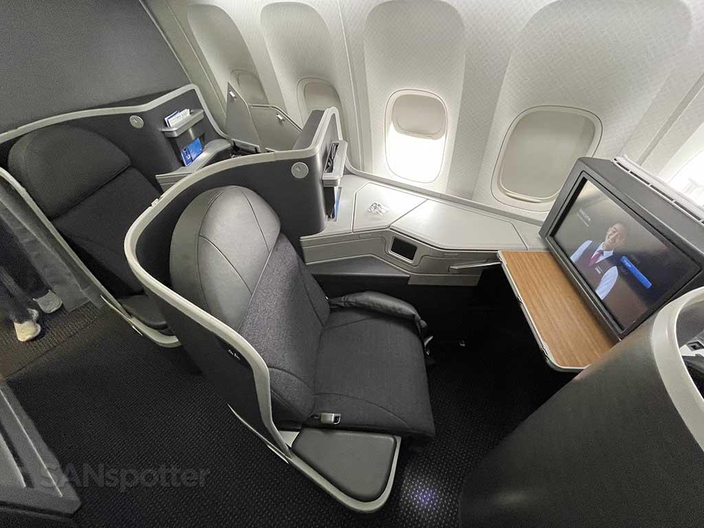 Collins Aerospace reverse herringbone seat American Airlines 777-200