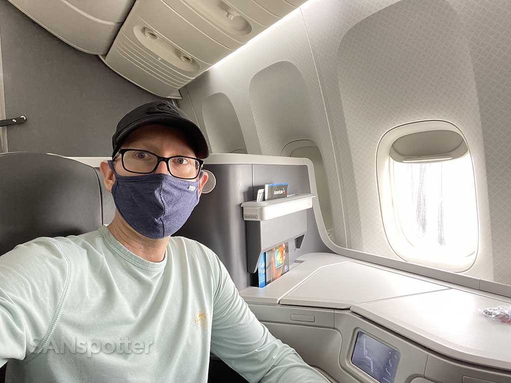 SANspotter selfie American Airlines 777-200 business class