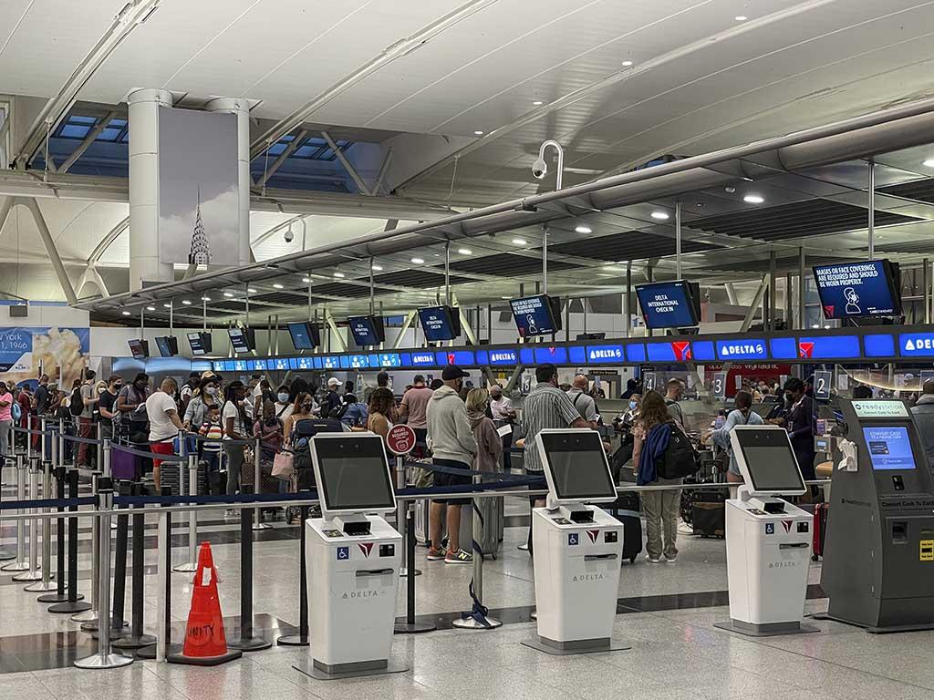 Delta check in counter JFK