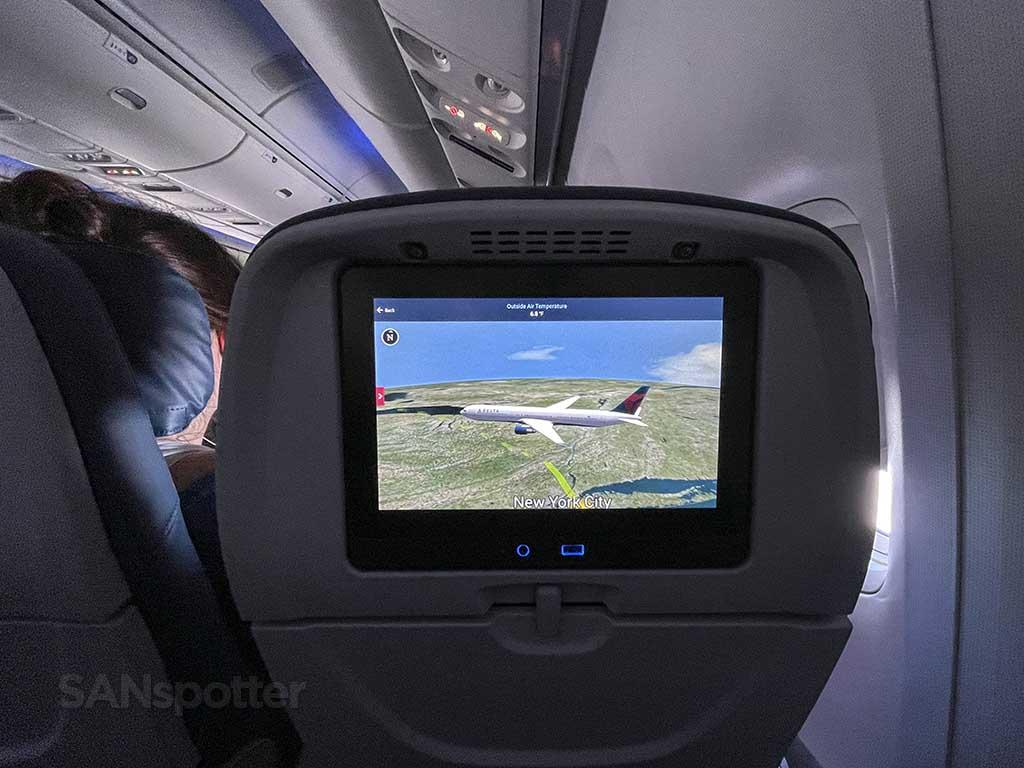 Delta studio in fight map 767-400