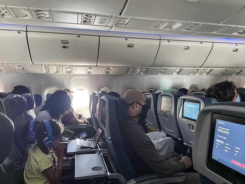 Delta 767-400 economy passengers