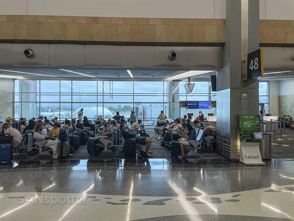 Gate 48 terminals 2 SAN