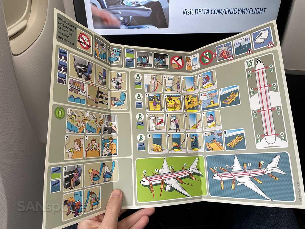 Delta 767-400er safety card