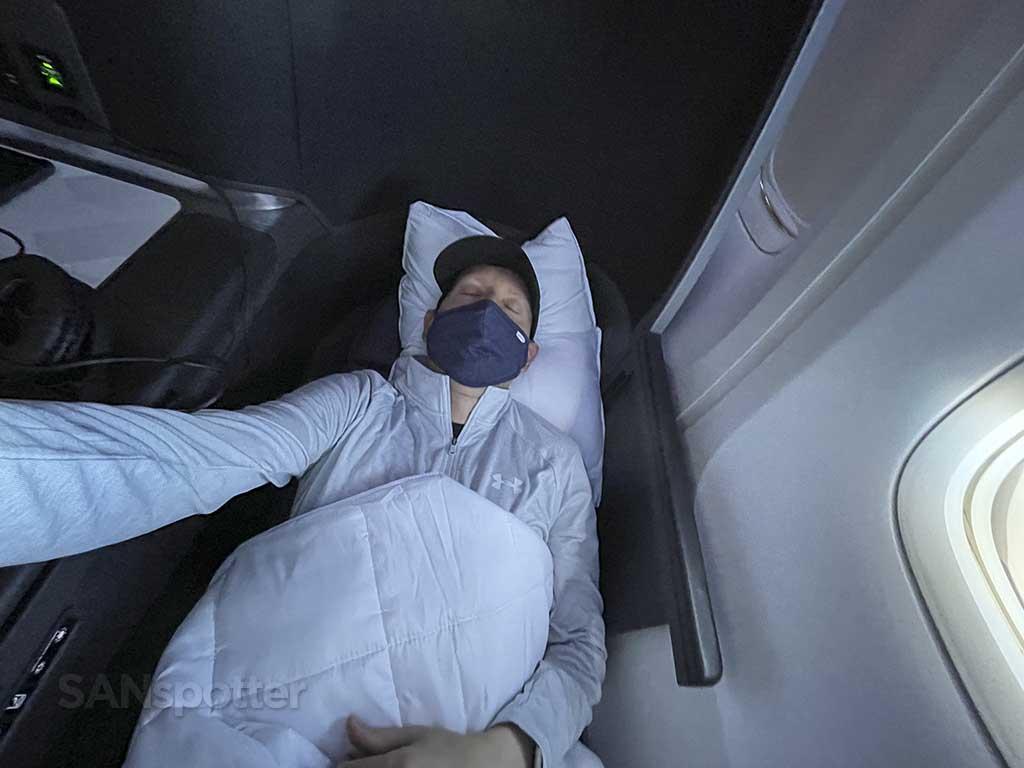 Delta one 767-400 lie flat seat