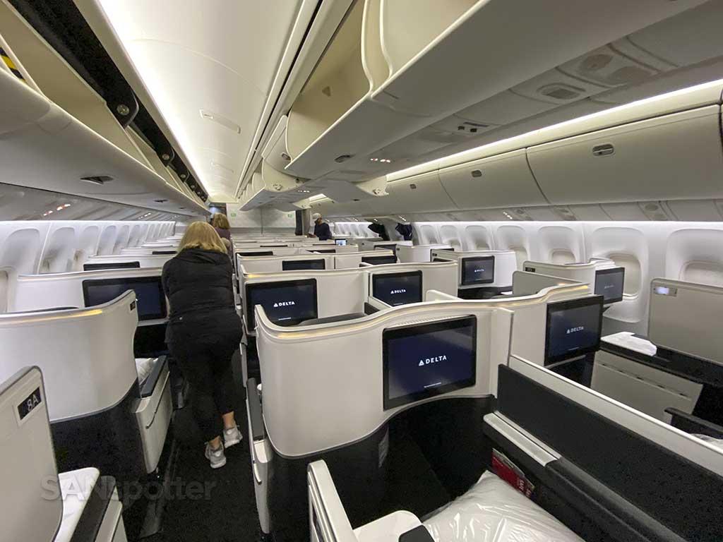 Delta One cabin 767-400