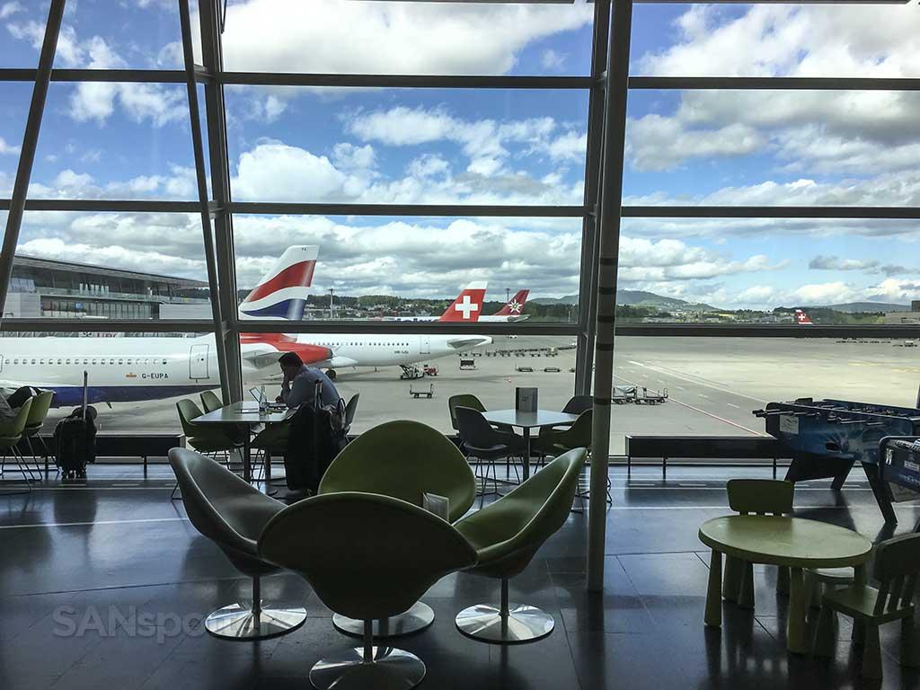 ZRH airport bar