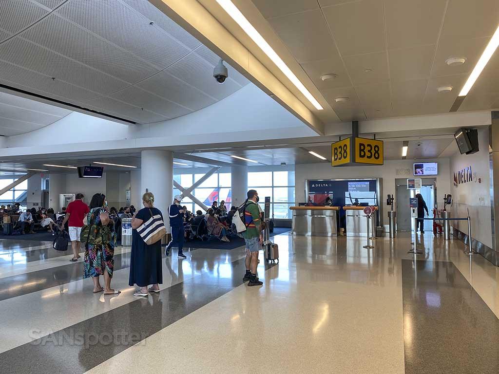 Gate b38 jfk terminal 4