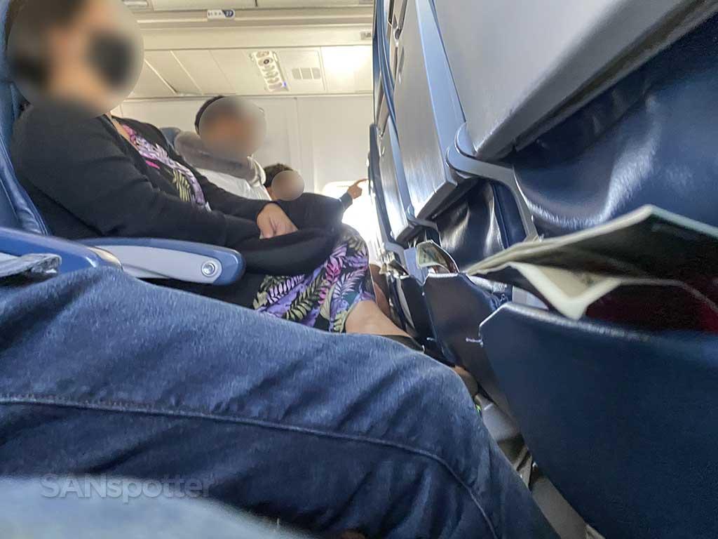Delta 737-800 seat comfort