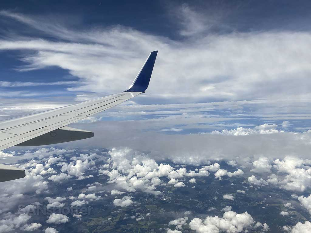 Delta 737-800 wing and winglet