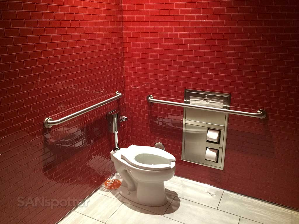 Delta Sky Club San Diego airport toilets