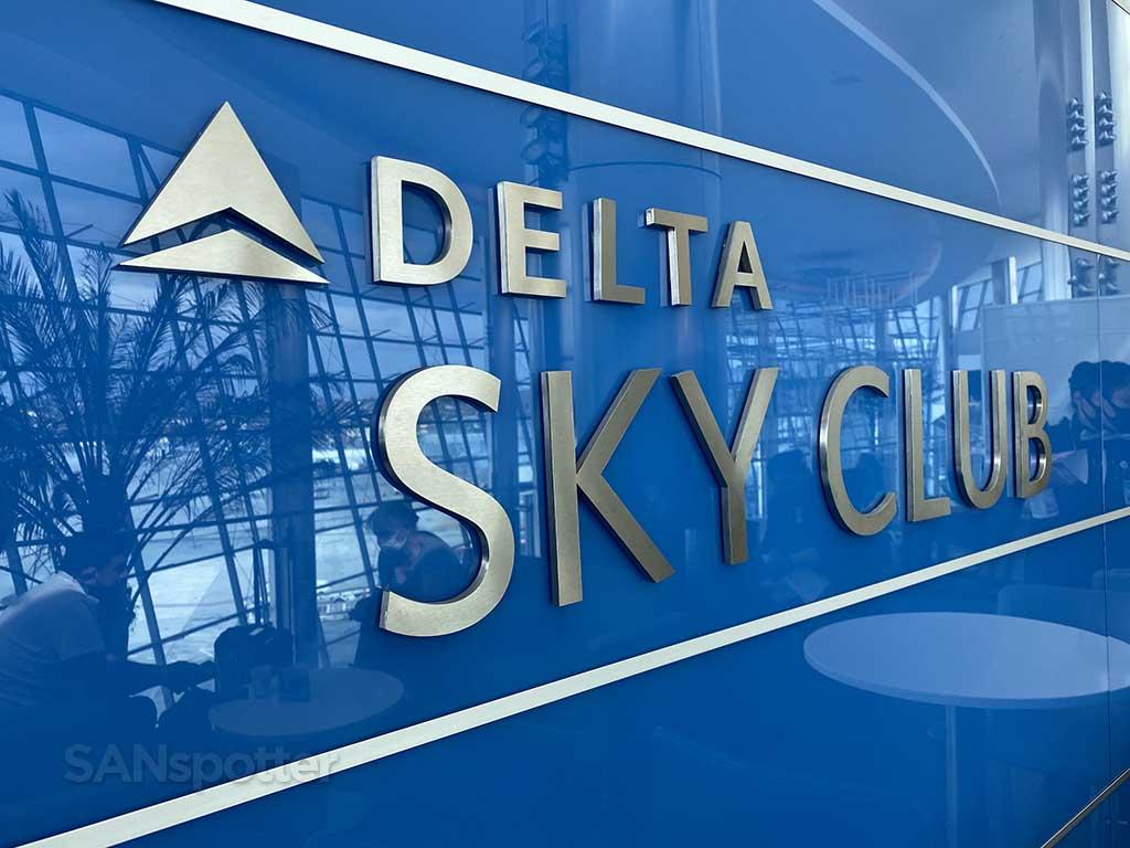 Delta Sky Club sign San Diego airport