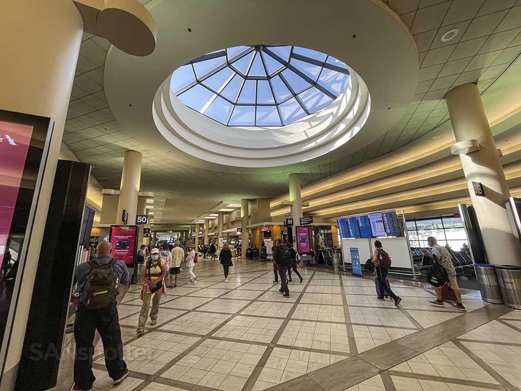 Terminal 5 skylight LAX