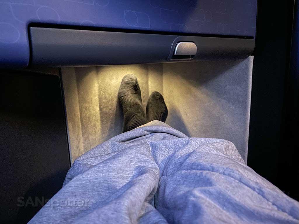 Jetblue mint suites footwell