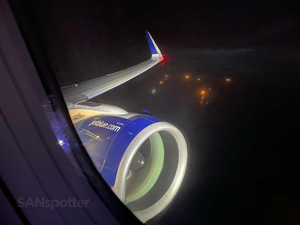 Jetblue A321neo landing at JFK airport