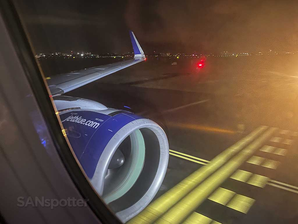 Jetblue A321neo engine and wing JFK airport